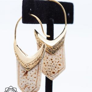 Gold Plated Shell Hanging Design